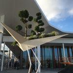 jardinera de metal / de diseño original / para espacio público