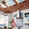 """Tejado de proyección / de madera / de aluminio / con vidrio doble SOLAR POWERED  """"FRESH AIR""""  VELUX"""