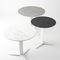 mesa de comedor de diseño / de madera / de metal / redonda
