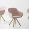 silla de diseño escandinavo / tapizada / con reposabrazos / de tejido