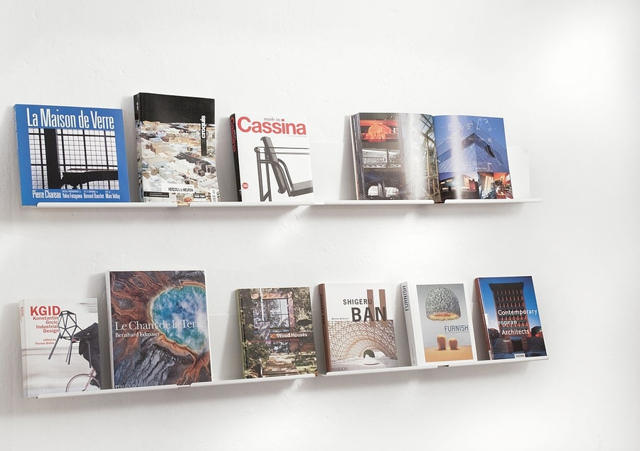 estantes de pared para la exposicin de libros