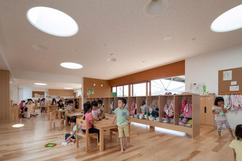 El taller de los arquitectos del aisaka organiza el cuarto de ...