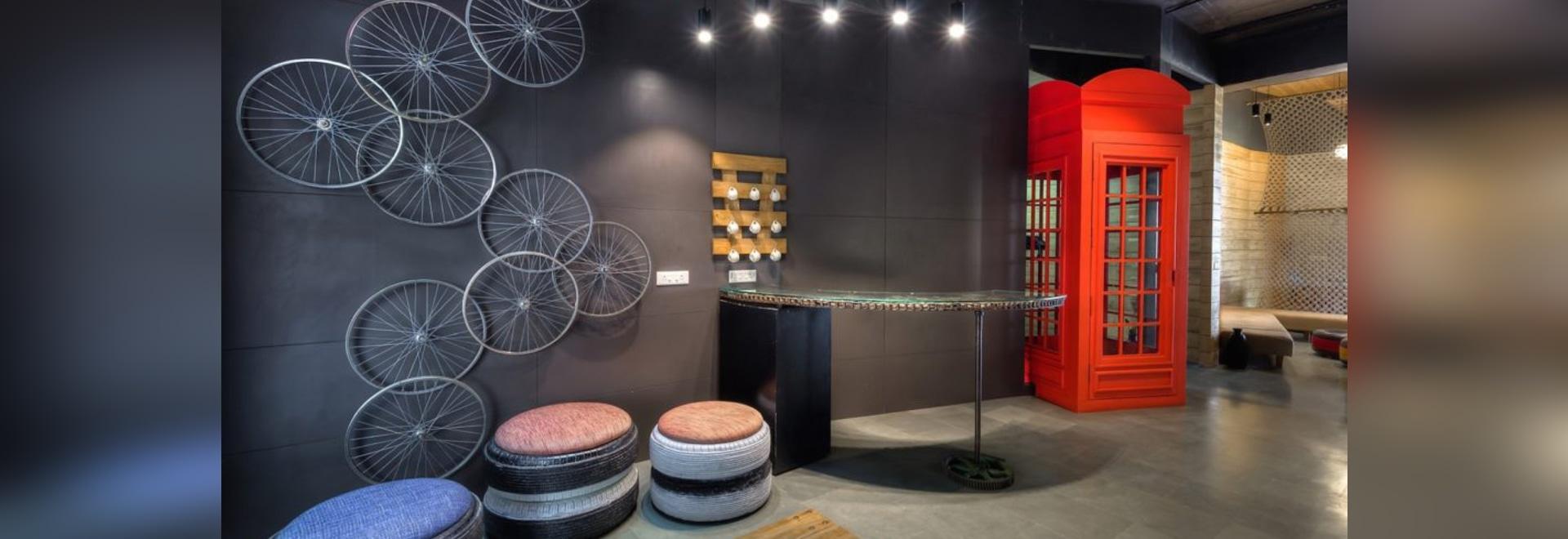 De los arquitectos basura del upcycle creativo en un espacio de oficina asombrosamente elegante