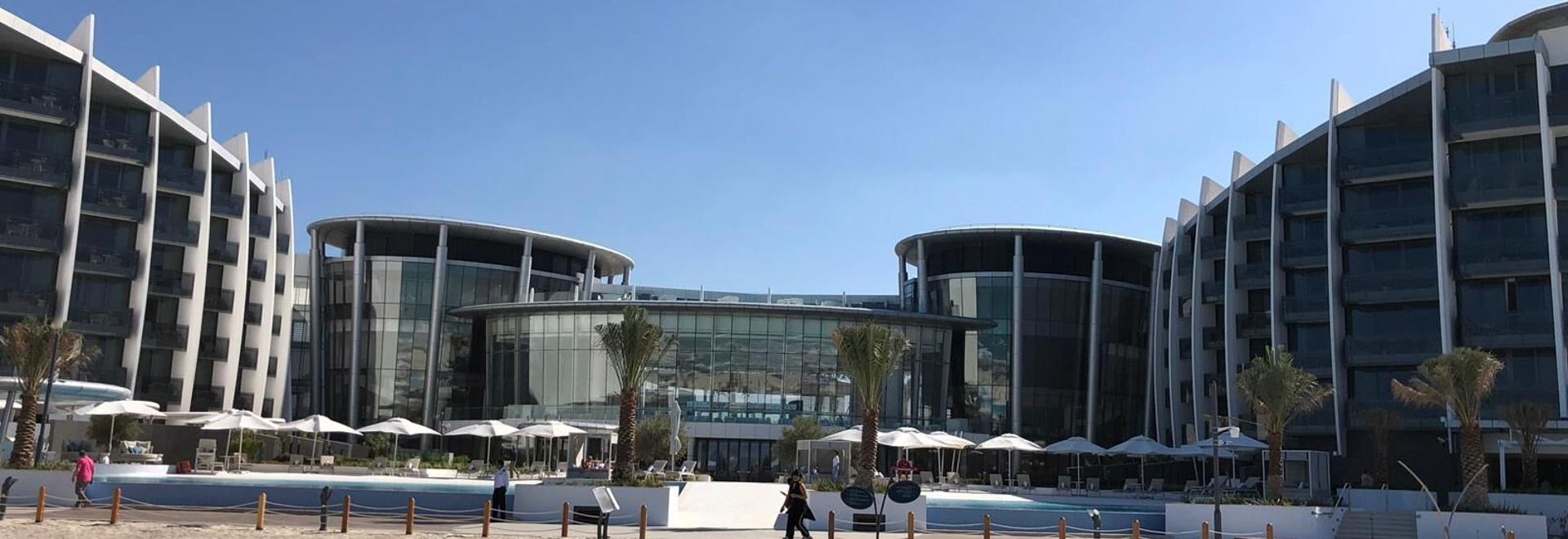 Ceramica Cielo embellece los cuartos de la isla ResortinAbu Dhabi de Saadiyat del exclusiveJumeirah