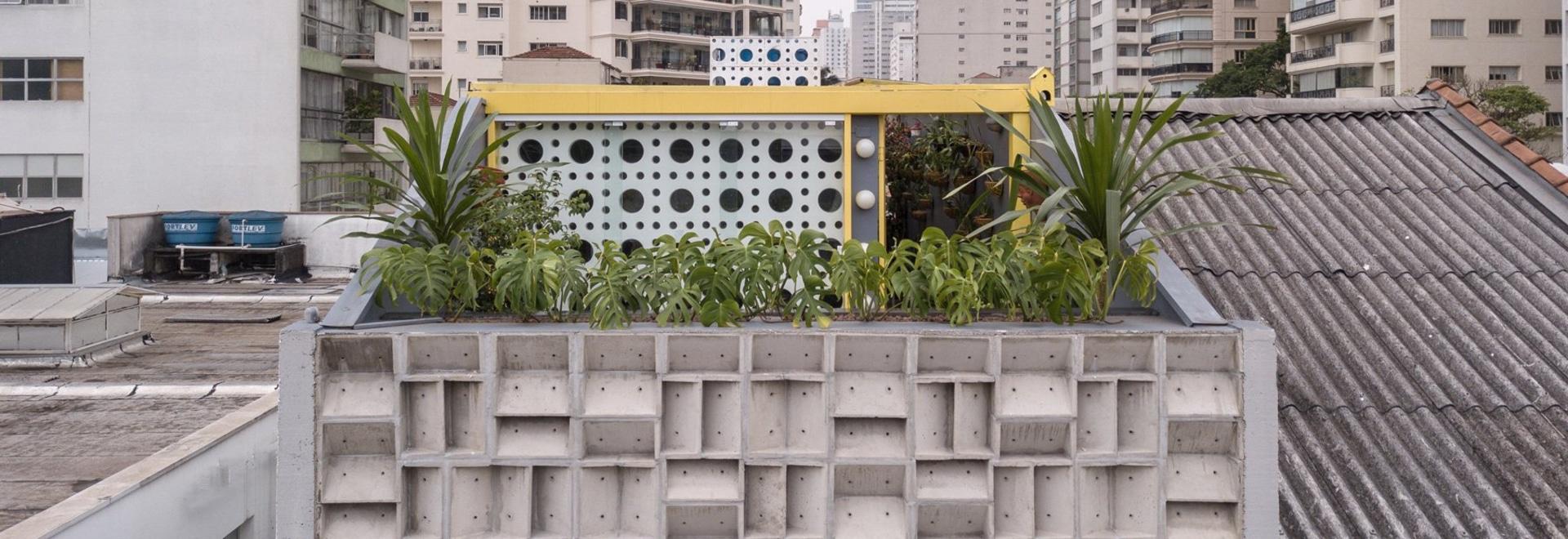 el debaixo hace bloco termina la galería de arte de Pablo del são con la fachada de bloques de cemento prefabricados