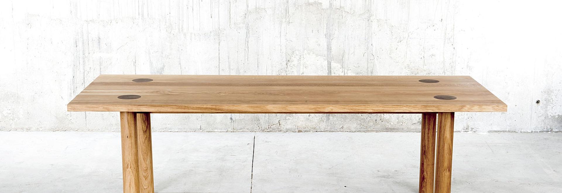 mesa de madera maciza ine