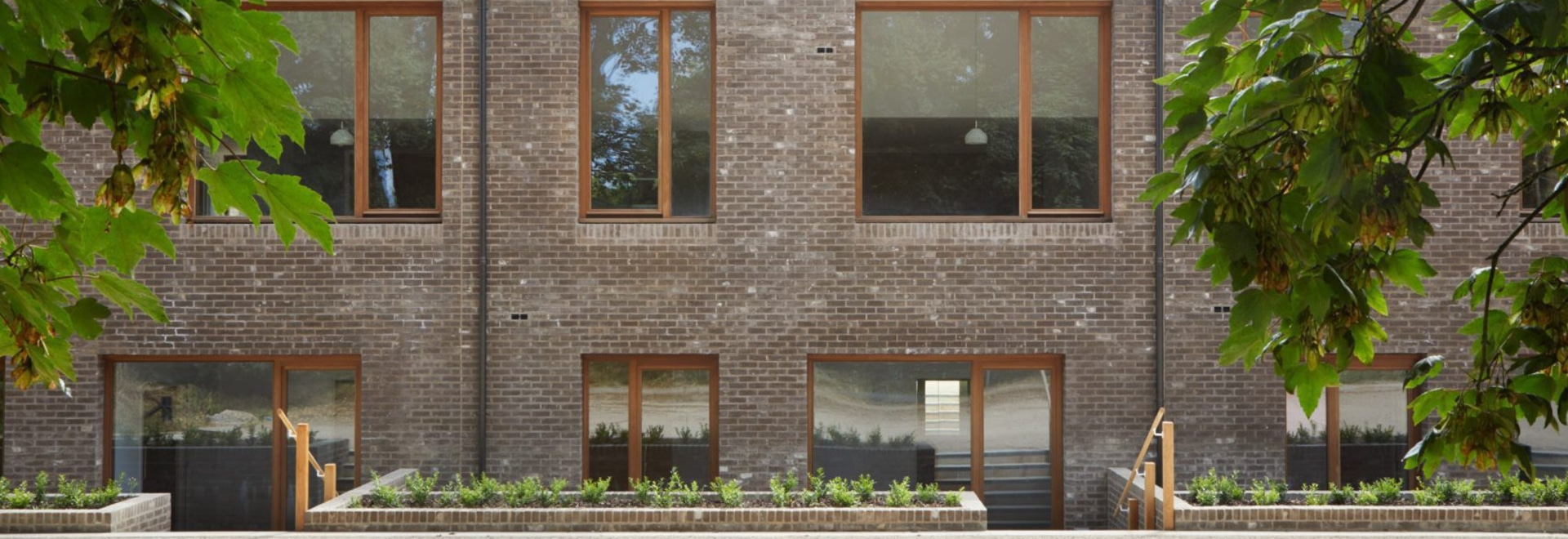 Morris + la compañía termina Wildernesse maúlla las casas de retiro en el estado histórico de Kent