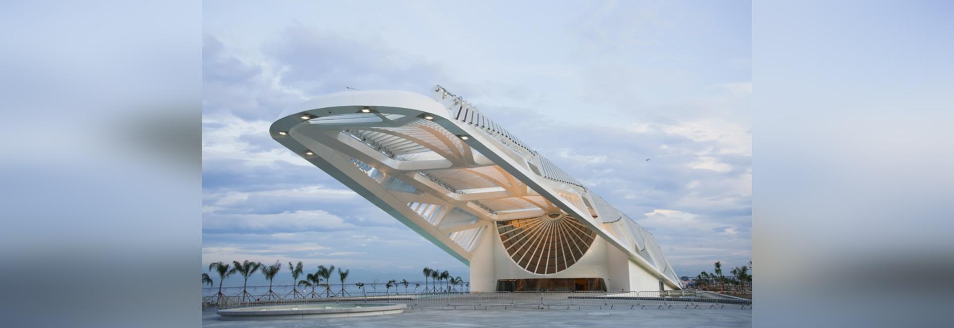 museo de Santiago Calatrava del sistema de la man¢ana a abrirse en Rio de Janeiro