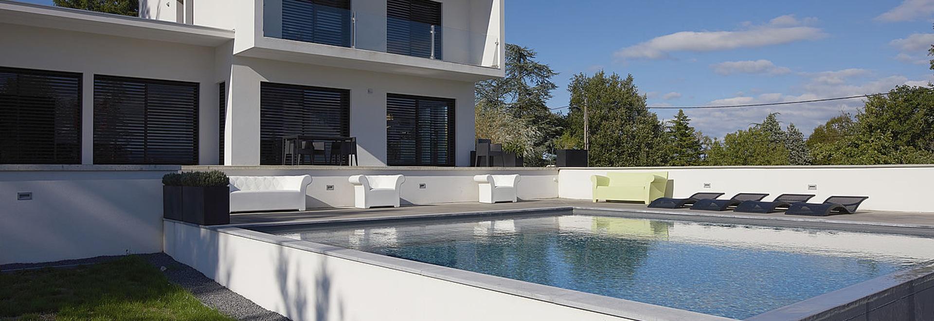 una piscina cuadrada pesonnalized para un diseño único… - piscines