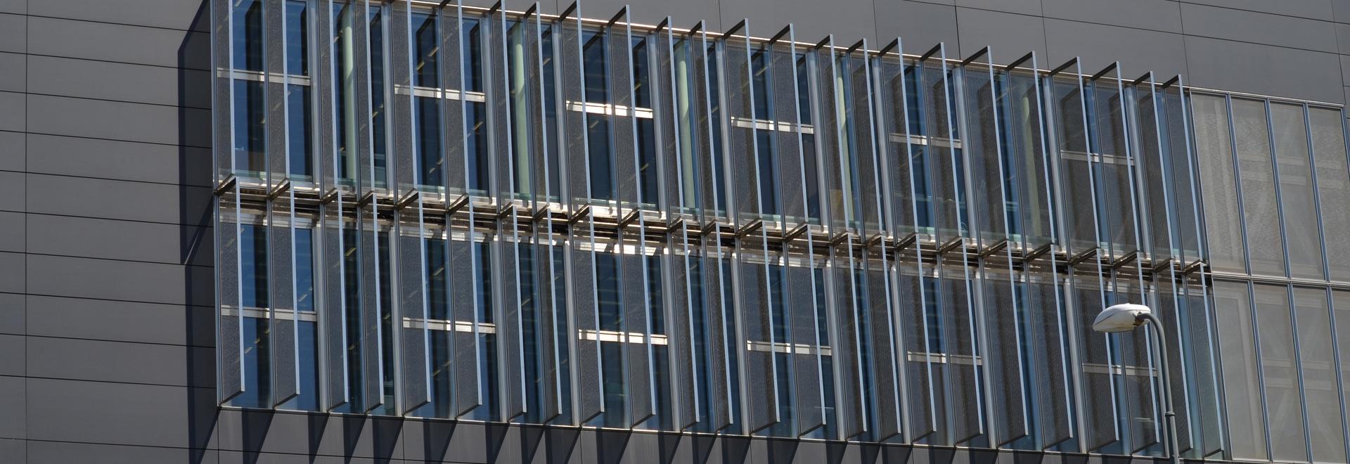 Protecciones solares - jefaturas de Costacurta, Milán