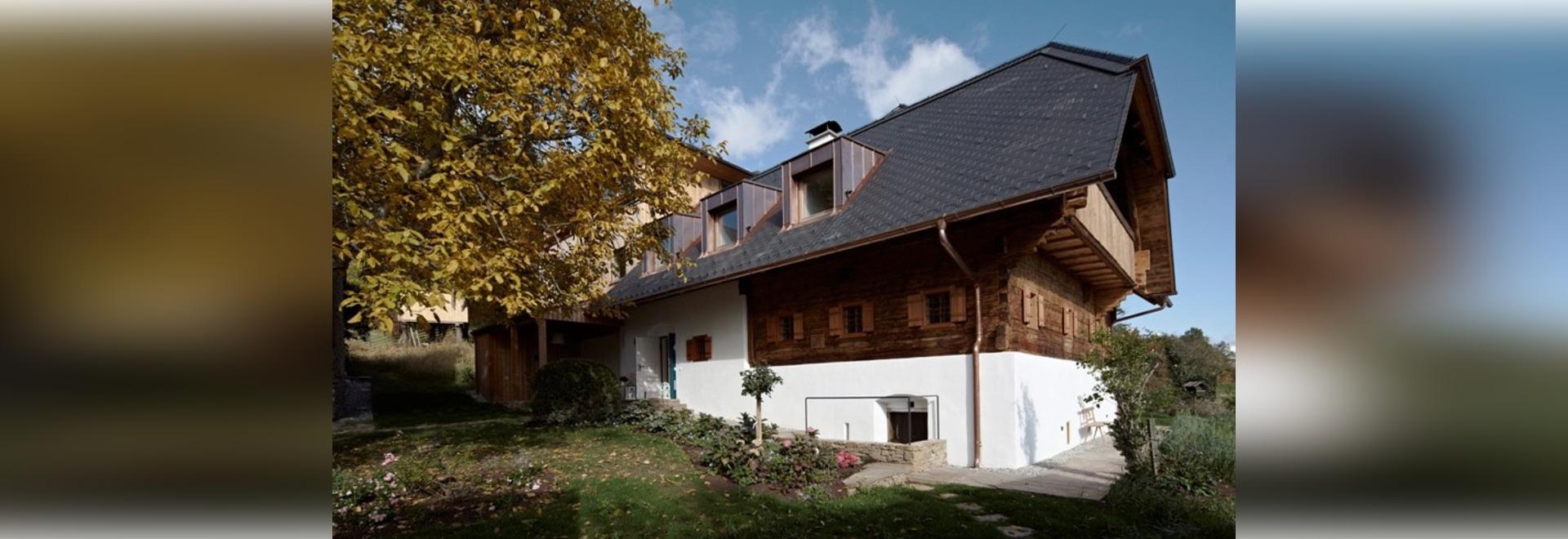 los socios y HpSA ZT del prödl de Erich vuelven a trabajar el cortijo styrian en Austria