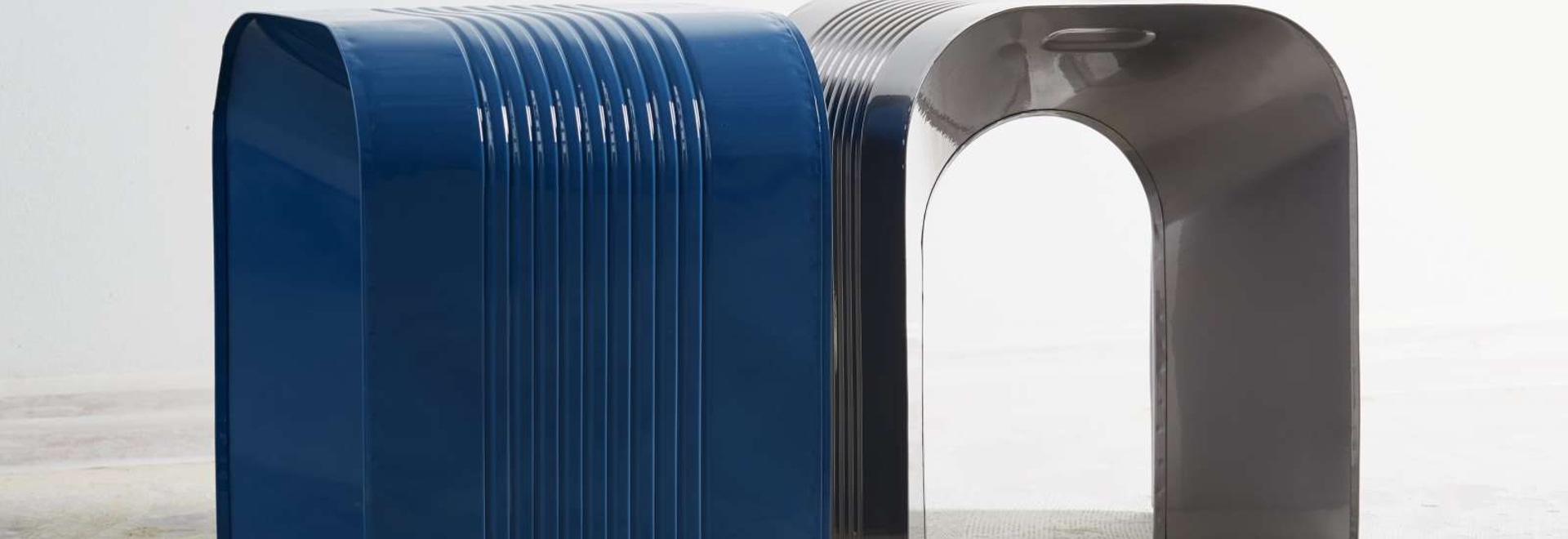 Tin Cans Were The Inspiration detrás de los taburetes 'PaperThin' por más ll'atelier