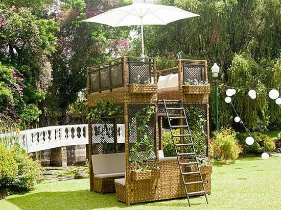 Bonito Alexander Rose Jardín Tiene Muebles Friso - Muebles Para ...