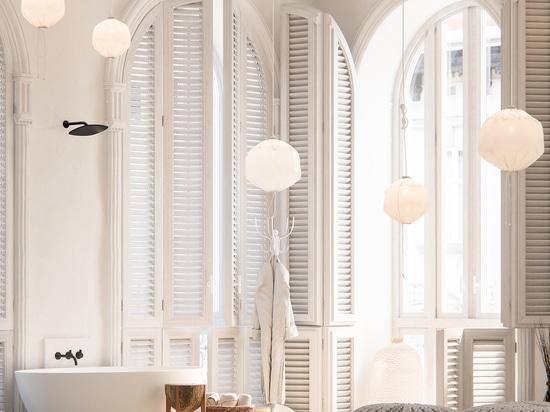 El ® de Piet Boon diseña la nueva colección del cuarto de baño para el CAPULLO holandés de Brand del diseñador