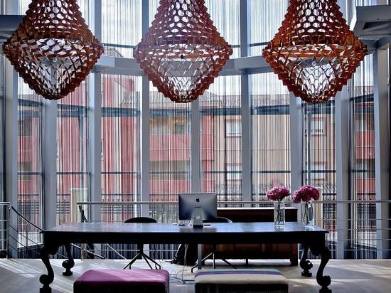 Coronas en el mármol AMA Andalucía del hotel en España