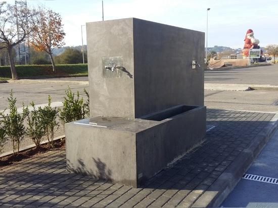 ESAA - Gasolinera de Amop para los campistas de Caravanning del motor | URBANO