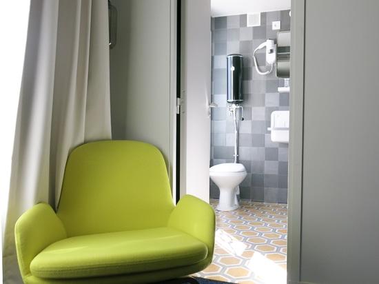 Instalación en el hotel de MATTLE en París