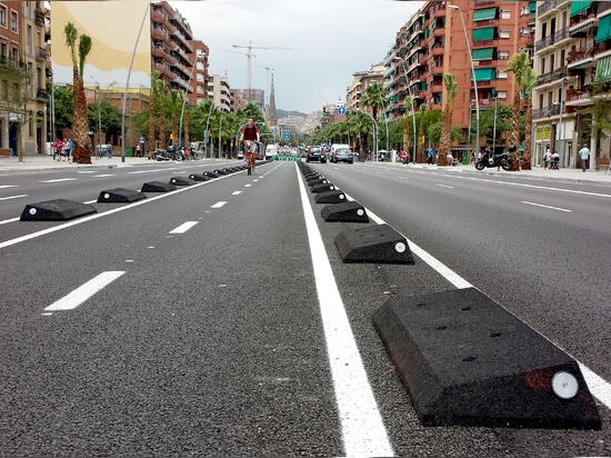 Separadores carril bici Barcelona