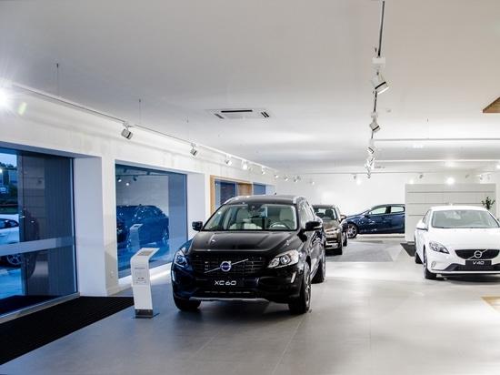 Proyecto de la concesión de coche de Volvo por Brilumen
