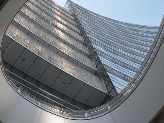 Torres en Porta Nuova, Milán - seguridad Balustrading