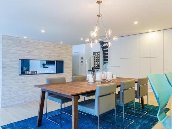 La nueva área moderna de la cocina.