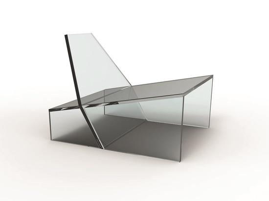 Silla del ronquido por Zanine para el vidrio 11