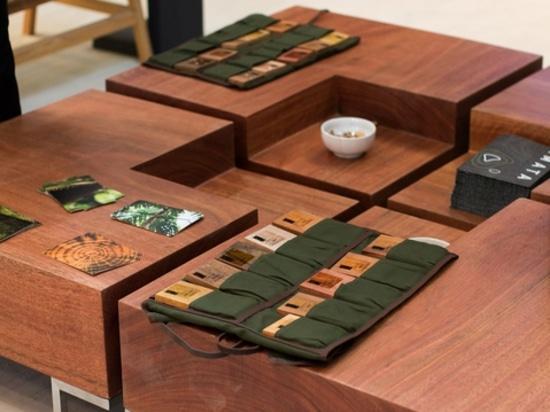 La tabla de centro en la nueva colección de Amata.