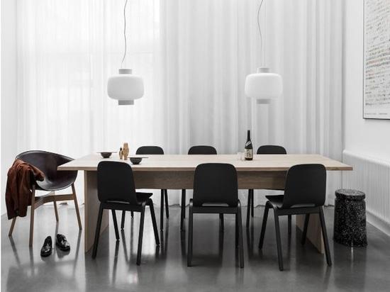 La tabla de las cerillas en cartón es el primer producto de Philippe Malouin para el dobladillo. Cortesía del diseñador.