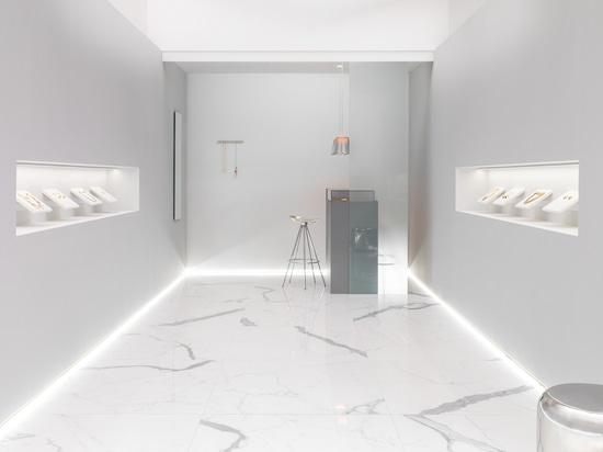 Blanco exquisito para el diseño de espacios comerciales