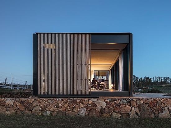 MAPA dispersa cabinas personales del hotel a través de los viñedos del sacromonte de Uruguay