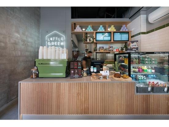Este pequeño café en Melbourne hace la mayor parte del su espacio