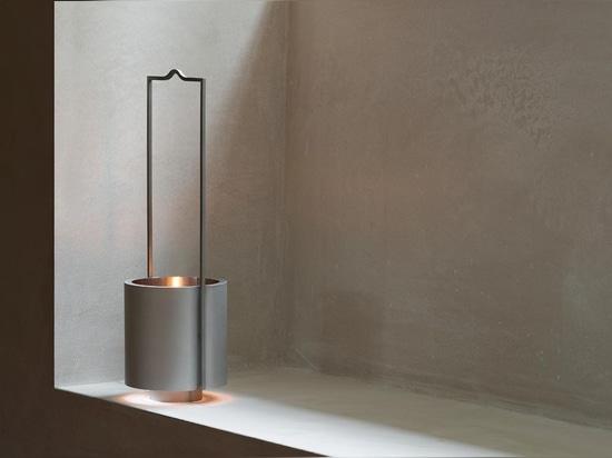 John Pawson diseña la linterna arquitectónica del aceite para la marca sueca Wästberg