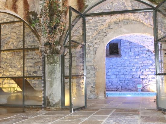 Starlike® por Litokol en el balneario del castillo de Félix del santo