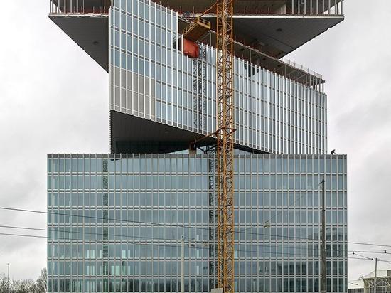 OMA/tops del hotel de Nhow Amsterdam RAI de Reinier de graaf hacia fuera
