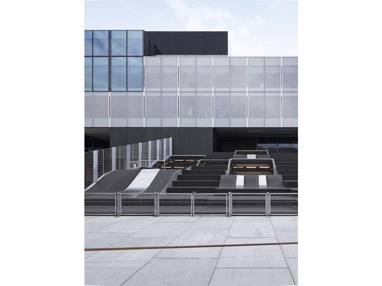 Segundo premio: © Alexander Mai, Mikula Platz /architekturbild de Alexander Mai y de Mikula Platz