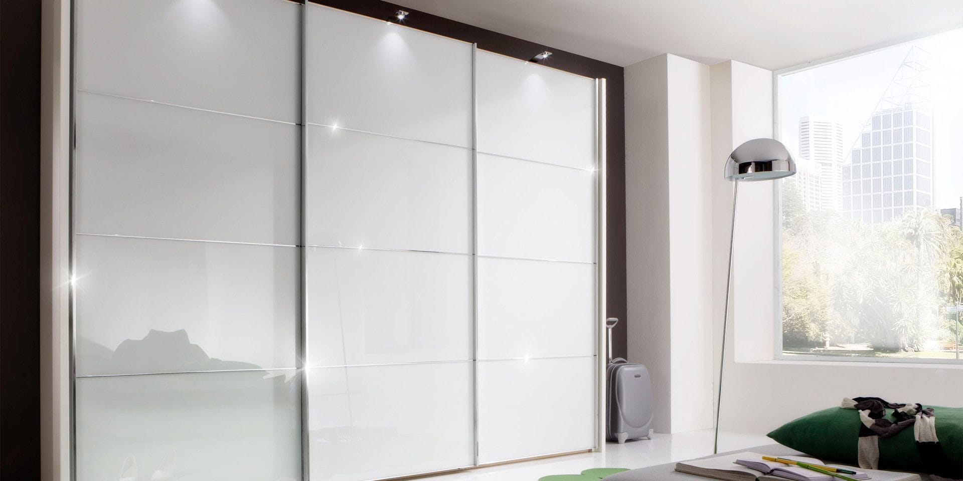 Armario Moderno De Madera De Vidrio Con Puertas Corredizas