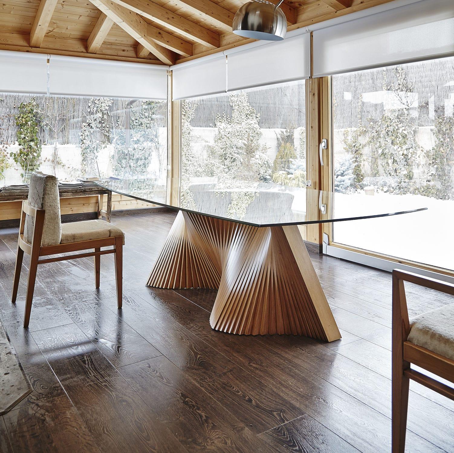 Mesa de comedor contemporánea / de vidrio / con base de ...