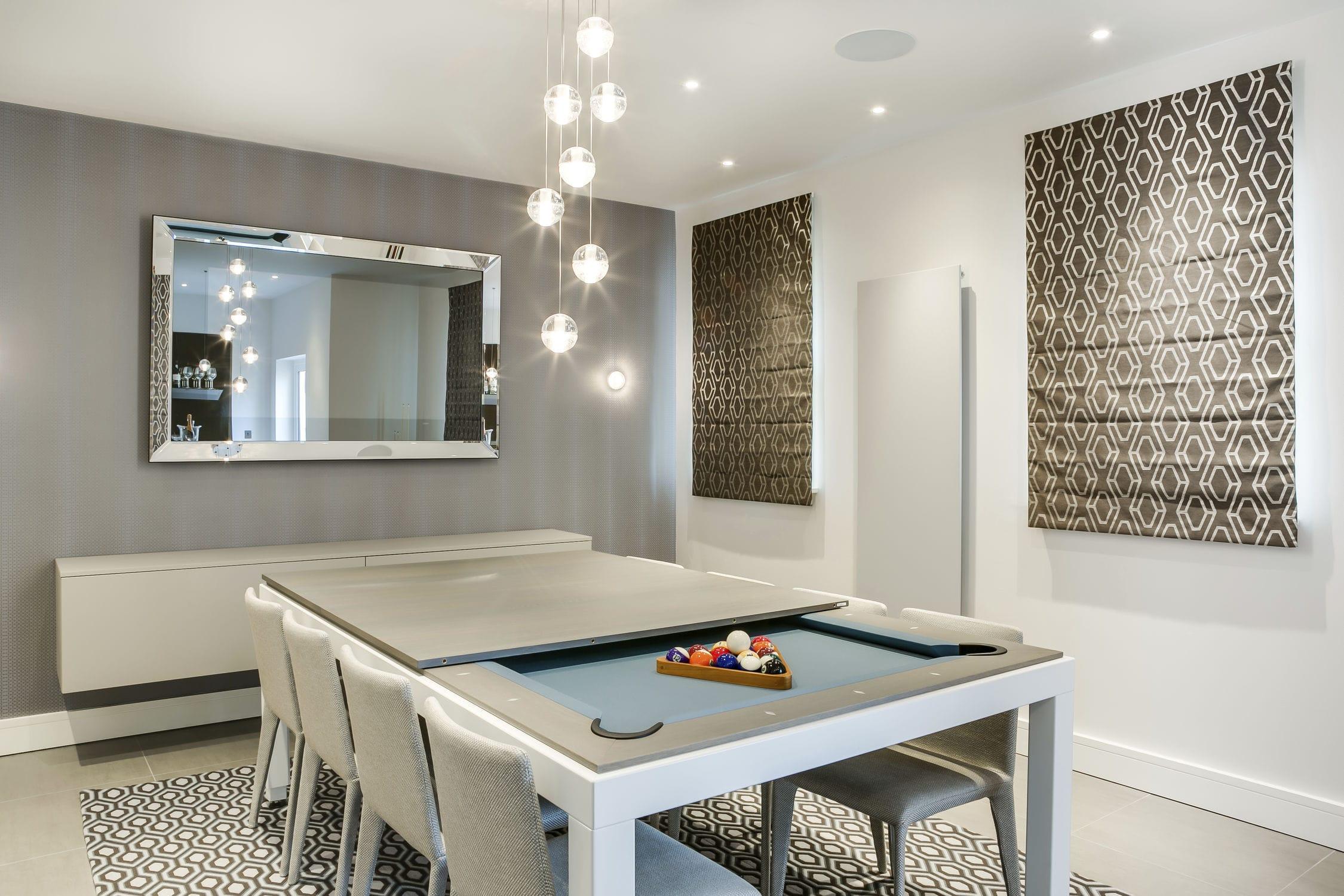 mesa de comedor de diseño / de chapa de madera / de acero con revestimiento  en polvo / con base metálica