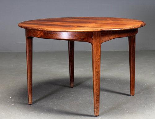 mesa de comedor de diseño escandinavo / de palo de rosa / redonda / ovalada