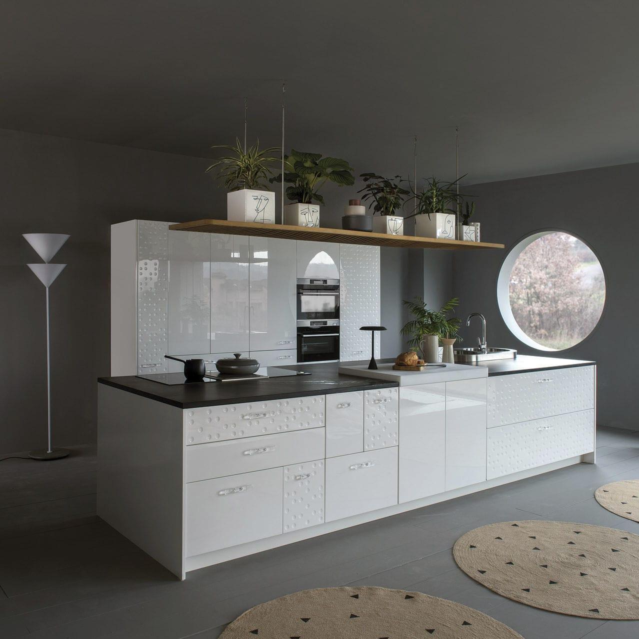Cocina moderna / de material laminado / con isla / lacada - MESA ...