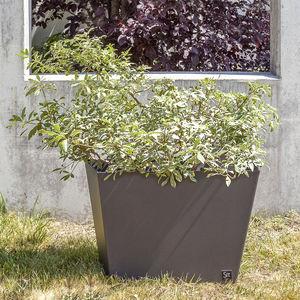jardinera de hierro / contemporánea / para espacio público