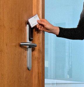 cerradura electrónica / para puerta corredera / para puerta de cristal / con asidero