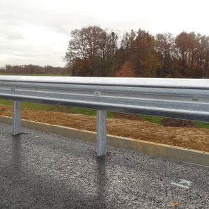 barrera de seguridad de acero