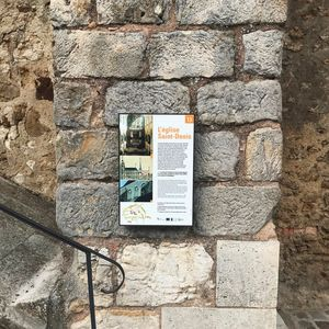 placa de señalización turística