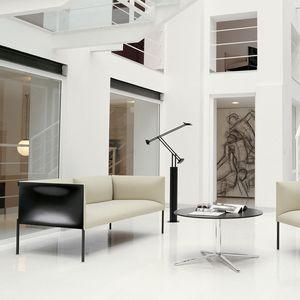 sofá contemporáneo / de cuero / de tejido / para edificio público