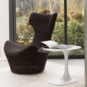 sillón contemporáneo / de fibra de abacá / con orejas / con reposapiés
