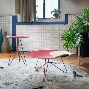 mesa de centro contemporánea / de madera lacada / de metal lacado / con base metálica
