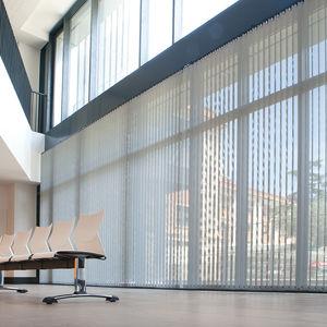 estores verticales / de tejido / para el sector servicios / motorizados