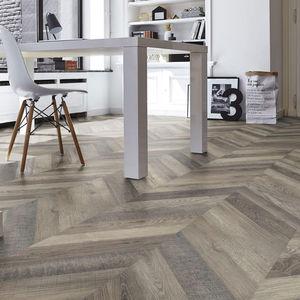suelo laminado de madera