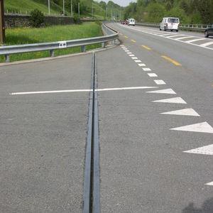 junta de dilatación de elastómero / de acero / para la construcción de puentes / de tráfico